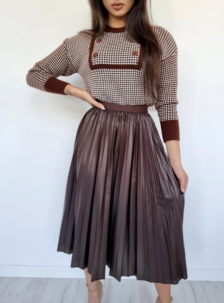 Sweter dwurzędowy C63 brązowy
